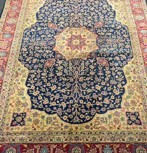 Important et ancien Tabriz (Nord Ouest de l'Iran) début XXème.  Dimensions : 376…