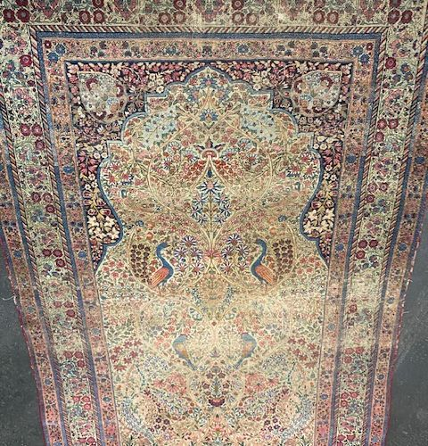Large and fine Kirman Laver (Persia) around 1870.  Dimensions : 225 x 145 cm  Te…