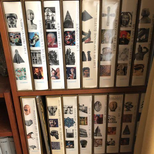 Suite of 16 volumes CITADELLE MAZENOD