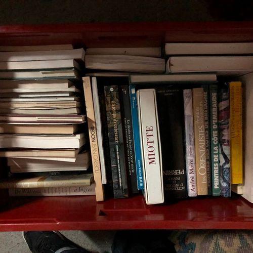Caisse de beaux livres