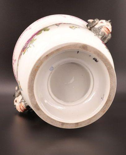 Rafraîchissoir à bouteille en porcelaine Allemagne 19ème Rafraîchissoir à boutei…