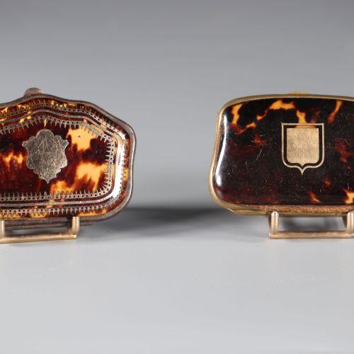 Lot de deux porte monnaie en écaille de tortue et incrustations d'or.France fin …