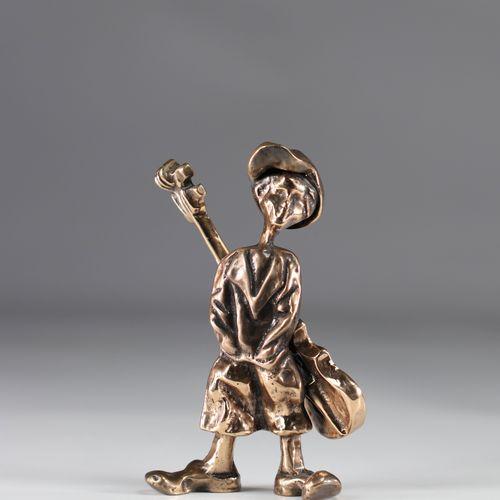 """Yves LOHE sculpture bronze """"jeune guitariste"""" Yves LOHE sculpture bronze """"jeune …"""