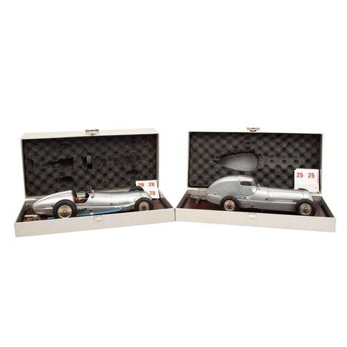 "MÄRKLIN zwei Mercedes Benz Museumsrennwagenwagen ""Silberpfeil"", MÄRKLIN two Merc…"