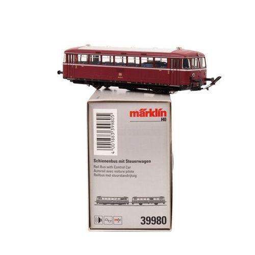 MÄRKLIN zwei Schienenbusse mit Beiwagen, Spur H0, MÄRKLIN two rail busses with c…