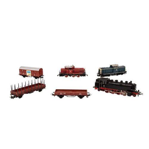 MÄRKLIN Konvolut von 3 Lokomotiven und 10 Güterwagen, Spur H0, MÄRKLIN convolute…