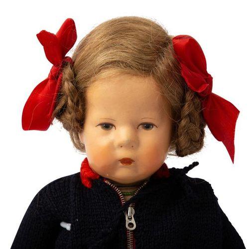 KÄTHE KRUSE Puppenmädchen, 1945 1949 KÄTHE KRUSE doll girl, US Zone, fabric head…