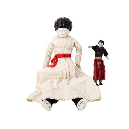 CHINA HEAD zwei Puppen, 19. Jh. CHINA HEAD two dolls, 19th century, breastplate …