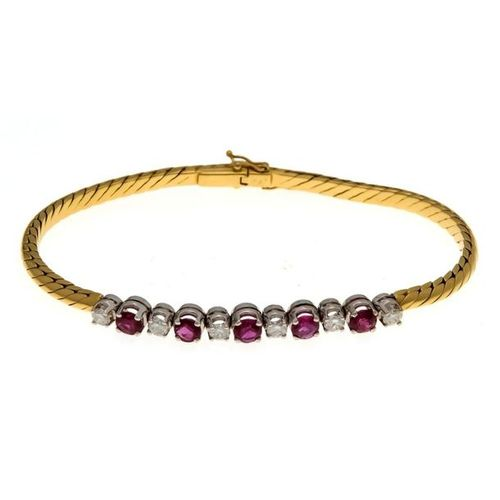 Ruby and diamond bracelet GG / WG 750/000 with 5 round faced rubies 4.2 mm and 6…