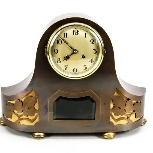 Table clock copper curved, skeletonized leaf segments backed with brass, pendulu…
