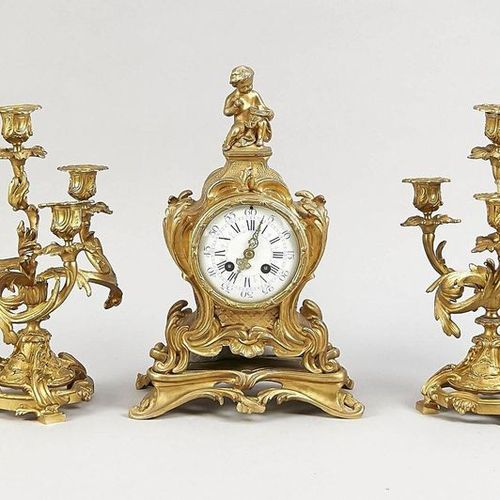 Historism pendulum decorated with putto and rocailles, 2nd half of 19th century,…