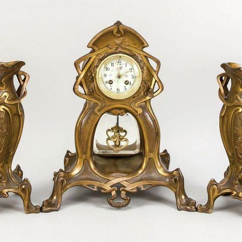 3 piece art nouveau bronze pendulum indistinctly signed C. Mollfloer ?, with cla…