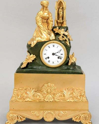 Fire gilded Empire pendulum, 1st half of 19th century, base decorated with rocai…