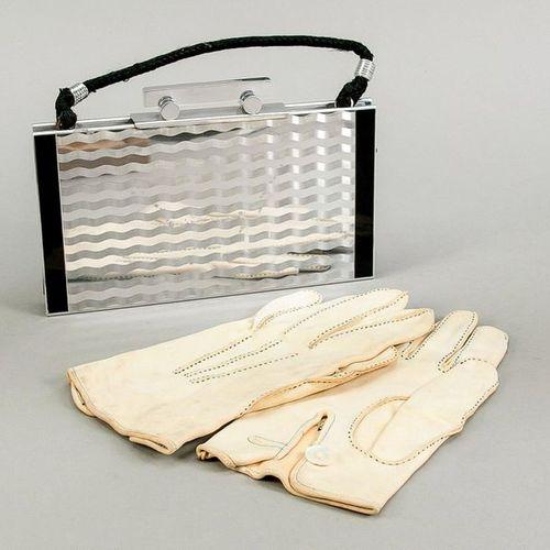 Art deco handbag and gloves, c. 1920. Handbag geometrically designed with wave o…