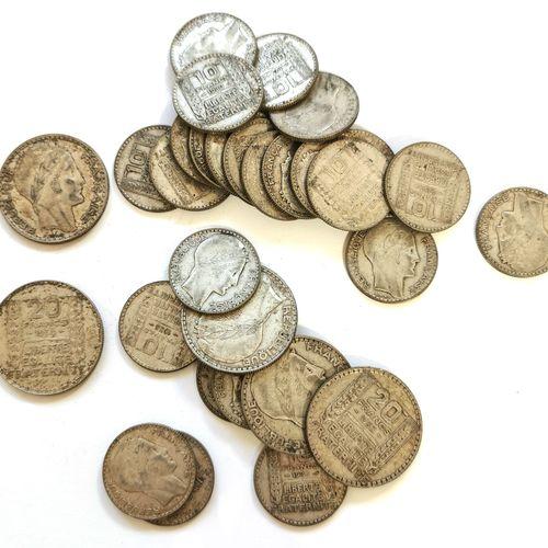 Lot de pièces TURIN en argent bas titre (680 millimèmes) comprenant cinq pièces …