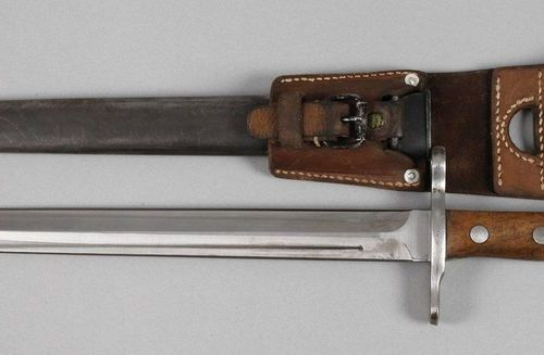Bayonet Switzerland  2nd half of the 19th century, quadruple fluted blade with c…