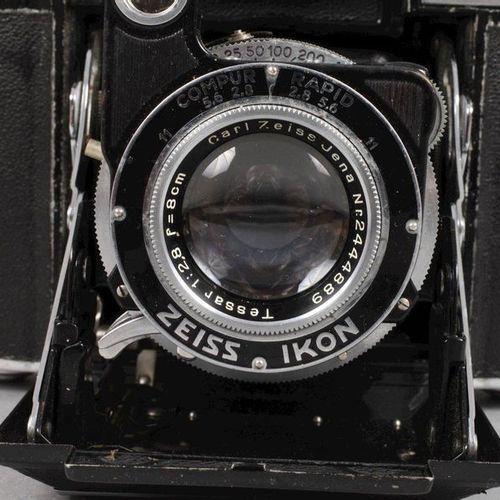 Caméra Zeiss Ikon  Milieu du 20e siècle, modèle Super Ikonda 532/16, corps en mé…