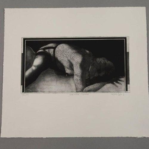 Klaus Böttger Klaus Böttger, paire de gravures  jeune femme assise sur un canapé…