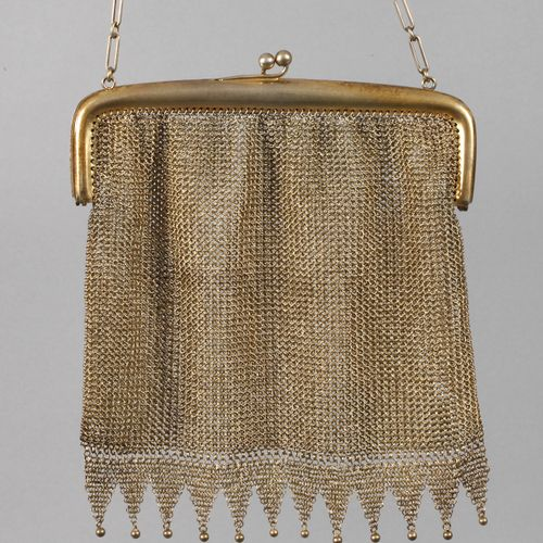 Theatre bag silver gilt  c. 1925, stamped 800, simple handle with ball clasp, th…