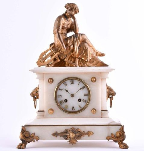 Kaminuhr um 1900 | Mantle clock around 1900 Marble / alabaster case with bronze …