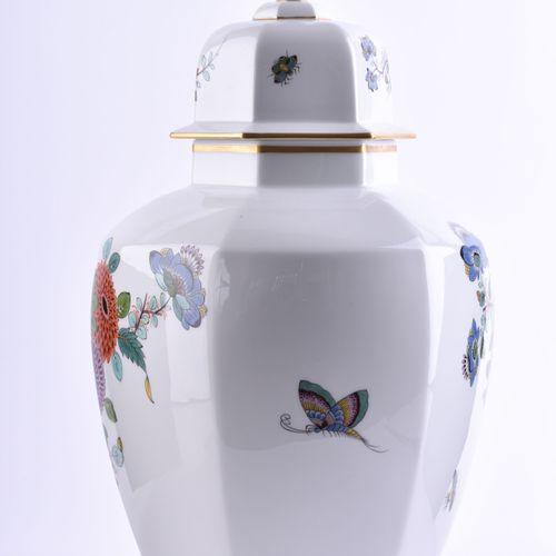 Große Deckelvase Meissen | Large vase Meissen Decor castle vase, Indian flower p…