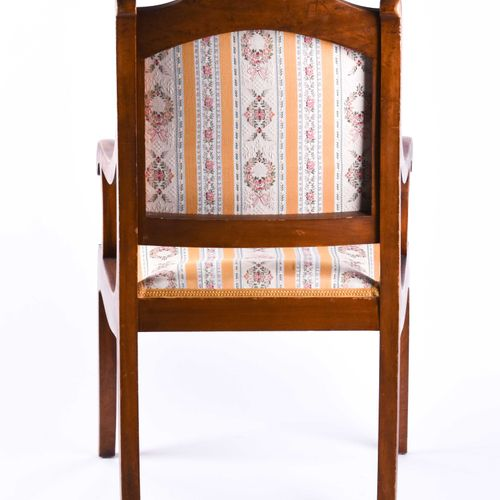 Biedermeier Armlehnstuhl um 1820 | Biedermeier armchair around 1820 birch, with …