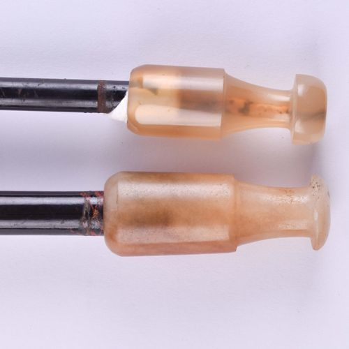 2 Opiumpfeifen China Qing Dynastie | 2 opium pipes China Qing dynasty Wood, bras…