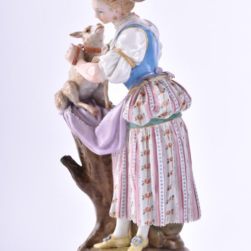 Figur Meissen 19 Jhd. 牧羊女是在迈森生产的,在1850 1924年期间制造的,根据1777年左右约翰 卡尔 舍恩海特的设计,是牧羊女系列的…