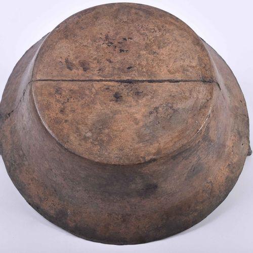 Henkel Ritualschale China Qing Dynastie Bronze, H : 6 cm, Ø 18 cm