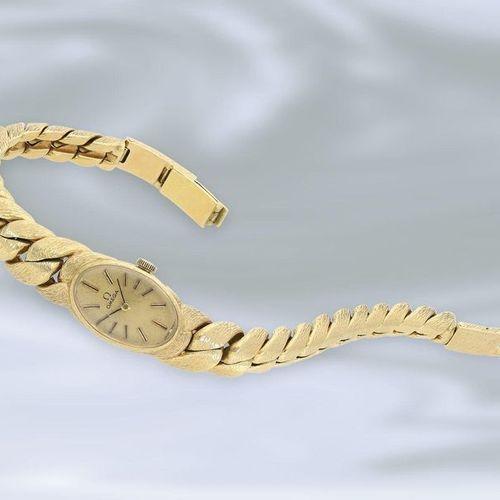 Montre de poignet : montre vintage pour dames extrêmement massive de la marque O…