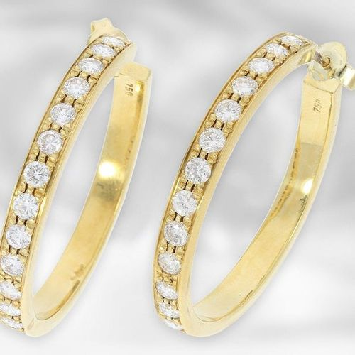 Bijoux d'oreilles : gros diamants créoles, autrefois très chers, en tout environ…