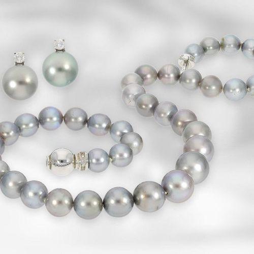 Collier/boucles d'oreilles : perle de culture de Tahiti décorative sertie de dia…