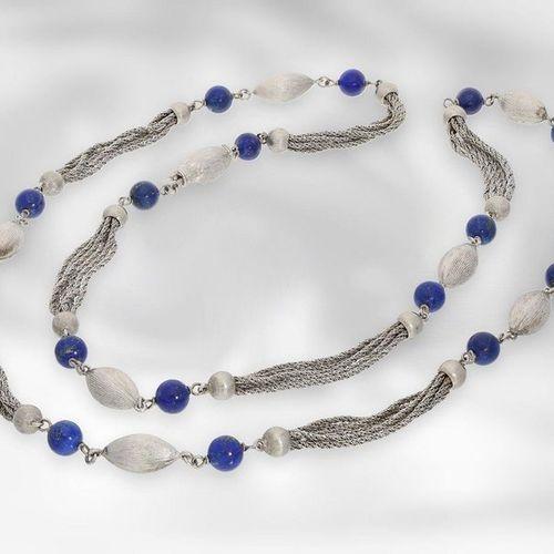 Collier : long collier vintage en or blanc avec des perles de lapis lazuli, or 1…