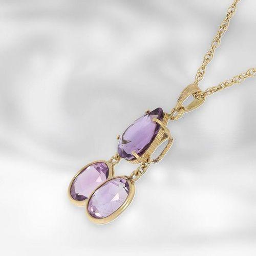 Collier : joli collier vintage avec pendentif en améthyste, total environ 20ct, …