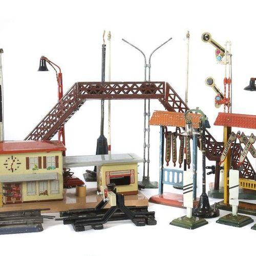 La convolution des accessoires pour le chemin de fer de Märklin, etc. Était diff…