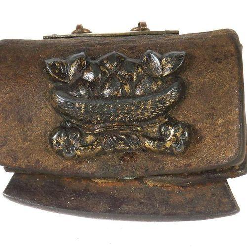 Sac à monnaie Tibet, époque république, cuir/bronze/métal, sac à charnière pour …
