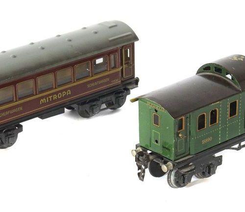 2 voitures Märklin, écartement 0, 1 x wagon à bagages 18890, vert, toit marron, …