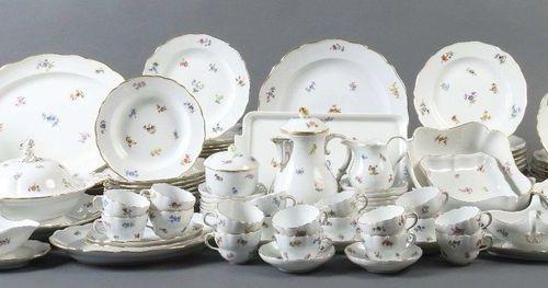 Service à café et à dîner ''Streublümchen'' pour au moins 16 personnes Meissen, …