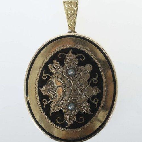 Pendentif biedermeier, 2e moitié du 20e siècle, feuille d'or, pendentif ovale ha…