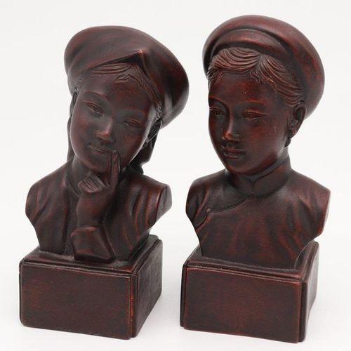 VIETNAM, XX CENTURY Indochine statues, XX century Ceramics statues of female and…