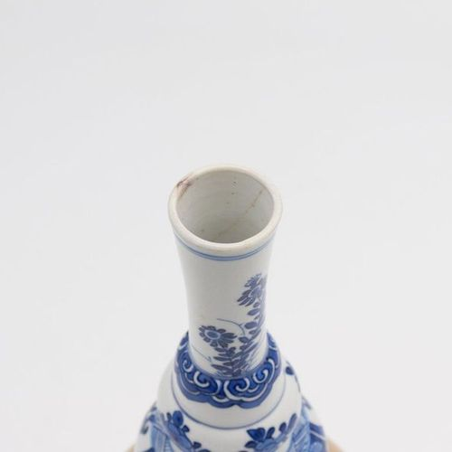 CHINA, XVIII CENTURY, KANGXI PERIOD A Chinese triple gourd vase, XVIII century, …