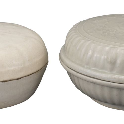 TWO CHINESE QINGBAI PORCELAIN COSMETIC BOX AND COVERS, SONG DYNASTY Each moulded…