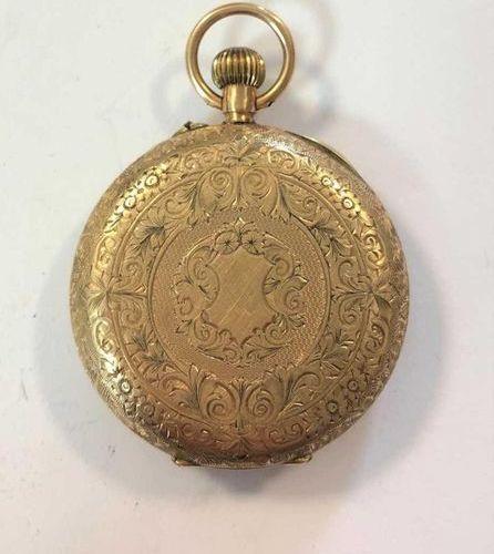 C1908, le cadran floral doré non signé, 25mm de diamètre, avec chiffres romains …