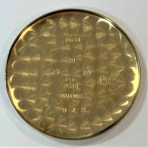 C1953, cadran signé de couleur crème, 28 mm de diamètre, avec bâtons (chiffre ar…
