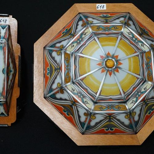 OCTOGONALE ART DECO LUCHTER IN LOODGLAS MET BIJPASSENDE APPLIQUE Diameter: 60 cm…