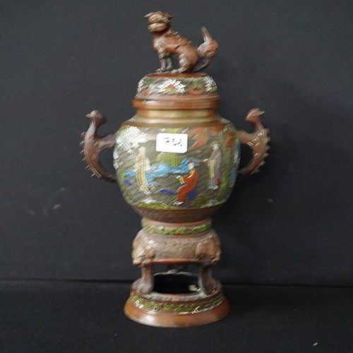 CHINESE BRULE PARFUM IN CLOISONNE Personage decor H: 45 cm