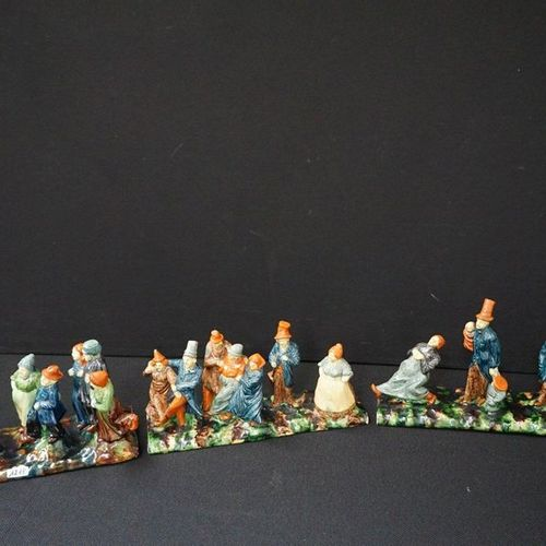 "DRIEDELIGE GROEP Flemish pottery ""The wedding procession"" L: 118 cm"