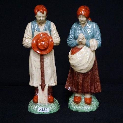"""2 BEELDEN Flemish pottery """"De angelus"""" H : 30 cm"""