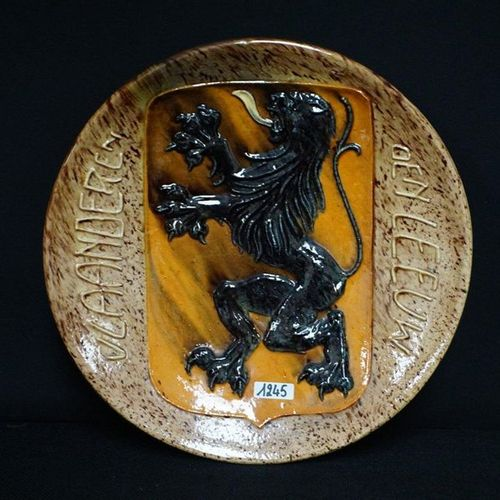 "GROOT BORD Flemish pottery ""Flanders the lion"" Diameter: 31 cm"