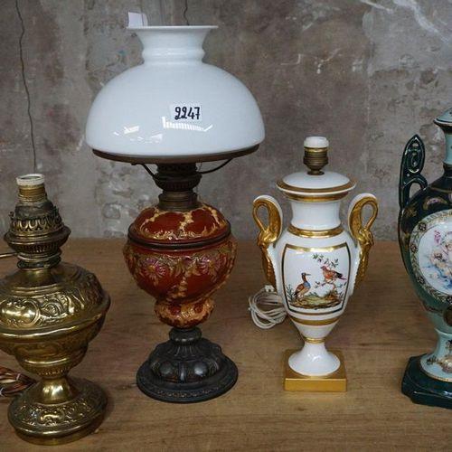 3 LAMPADAIRES + 1 DEKSELVAAS Including LIMOGES